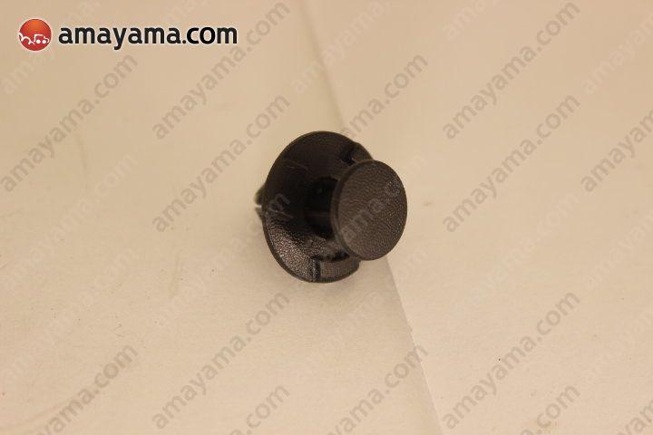 Nissan 0155305933 - Клипса пластиковая
